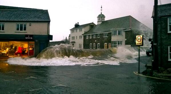 Just another rainy day in Newlyn, UK, apparently. [via @traceysuckling] http://t.co/aTsApsoxLy - embedded image