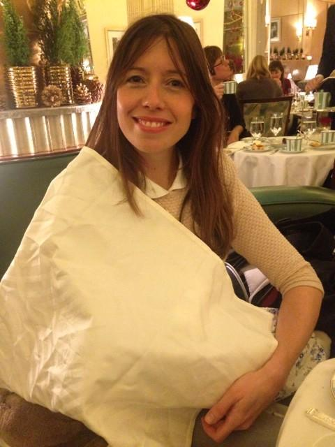 RT Asked to cover up with this ridiculous shroud while #breastfeeding so not to cause offence @ClaridgesHotel today..  - embedded image
