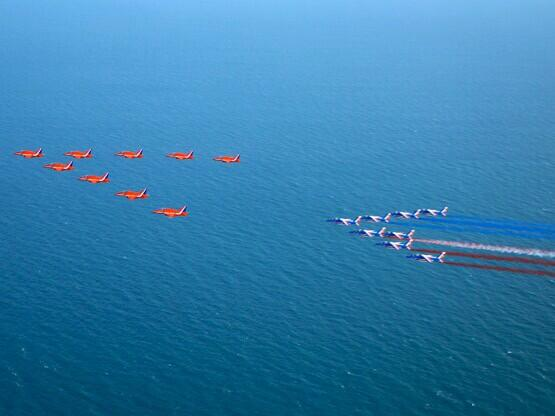 RT 2009 #Reds50 Day 45: Flypast at Dover with @PAFofficiel for the 100th anniversary of Louis Bleriot's Channel crossing  - embedded image