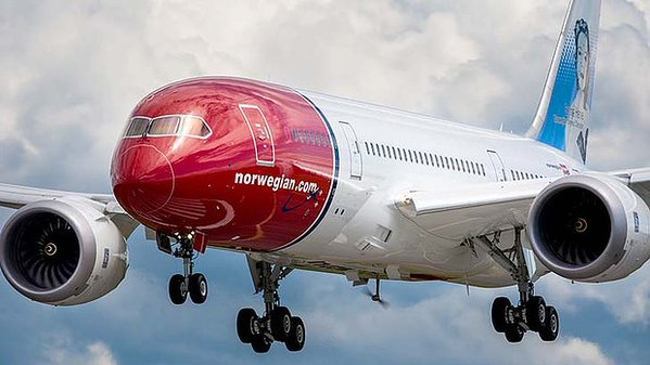 "RT When Norwegian Air signed off their livery, nobody in the room went, 'Yea it's good but isn't it a bit... bellendy""?  - embedded image"