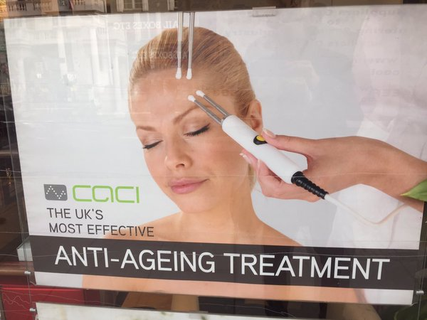 RT This woman is 123yrs old: The UKs most evidence based, efficacious and robust anti-ageing therapy. #science  - embedded image