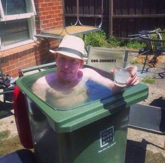 RT Thanks to this government each working class home has its own pool to enjoy the heat wave. Vote Tory.  - embedded image