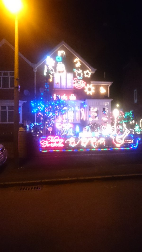 Houses opposite each other ... Seemingly competing. #Bromsgrove #xmas  - embedded image 1