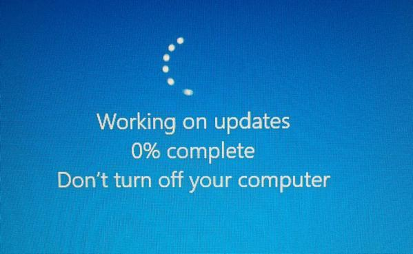 Guess which image came first ? (Hint: it wasn't the 0% one). #Windows10Fail  - embedded image 2