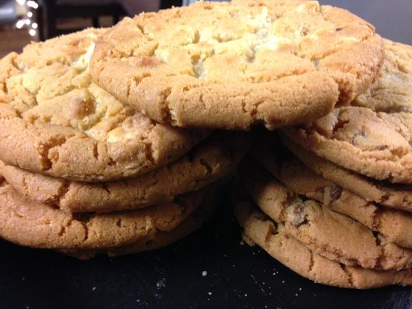 RT #free cookie with a Large Take out drinks today only!  - embedded image