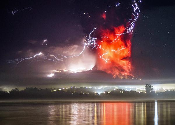 "RT To quote @passantino, Chile's Calbuco went ""full Mordor"" last night. Photos, videos, words: http://t.co/GDTuS1OoJG  - embedded image"