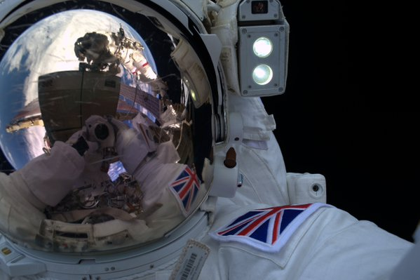 RT Today's exhilarating #spacewalk will be etched in my memory forever – quite an incredible feeling!  - embedded image 1