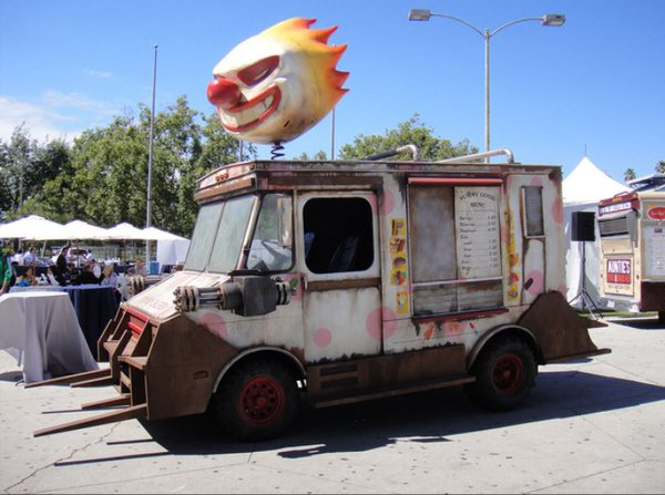 RT best. ice cream truck. ever.  - embedded image