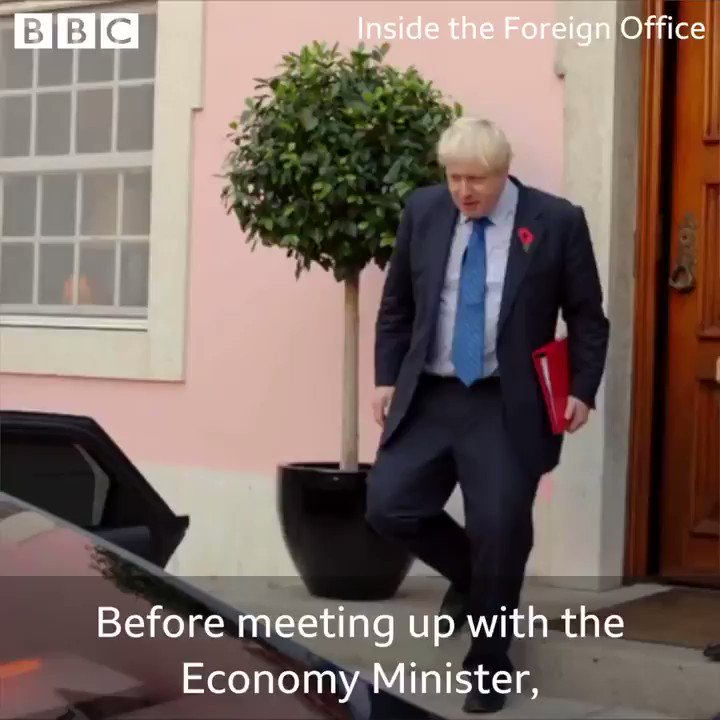 RT This is what happens when you entrust the duties of foreign secretary to a mop that's been rammed through a ham  - embedded image